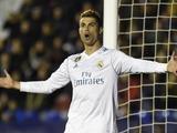 Роналду запретил журналистам снимать его во время замены