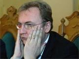 Мэр Львова: «Транслировать матчи во львовской фан-зоне на русском — все равно, что в Гданьске — на немецком»