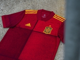 Болельщики шокированы новой экипировкой Испании на Евро-2020 (ФОТО)