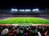 Туран смотрел матч «Барселона» — «Атлетико» в футболке мадридской команды