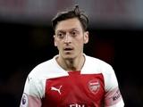 «Арсенал» хочет избавиться от Эзила