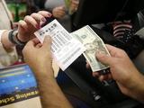 Станете ли вы первым украинцем, который выиграет джекпот Powerball в 199 миллионов долларов? У вас есть время до субботы