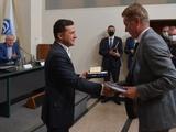 Президент Украины встретился с ветеранами киевского «Динамо» (ФОТО)