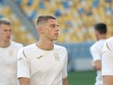 Сборная Украины в отборе Евро-2020. Личное дело Виталия Миколенко
