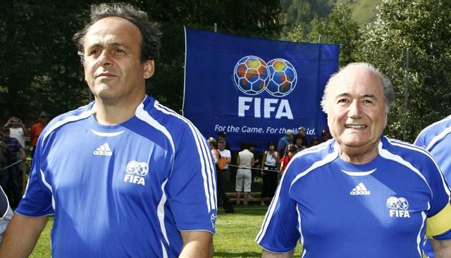 ФИФА: Блаттер и Платини смогут в следующие восемь лет ходить на футбол по билетам