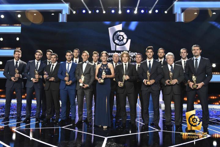 Виспанской примере вручили награды за предыдущий сезон. Гризманн— лучший игрок