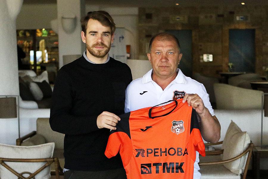 Футбольный «Урал» переманил из«Томи» полузащитника сборной Румынии