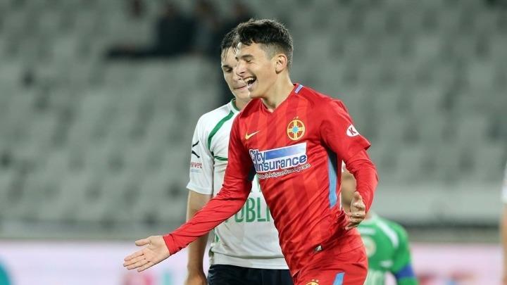 Янис Стойка забил за«Стяуа» в14 лет